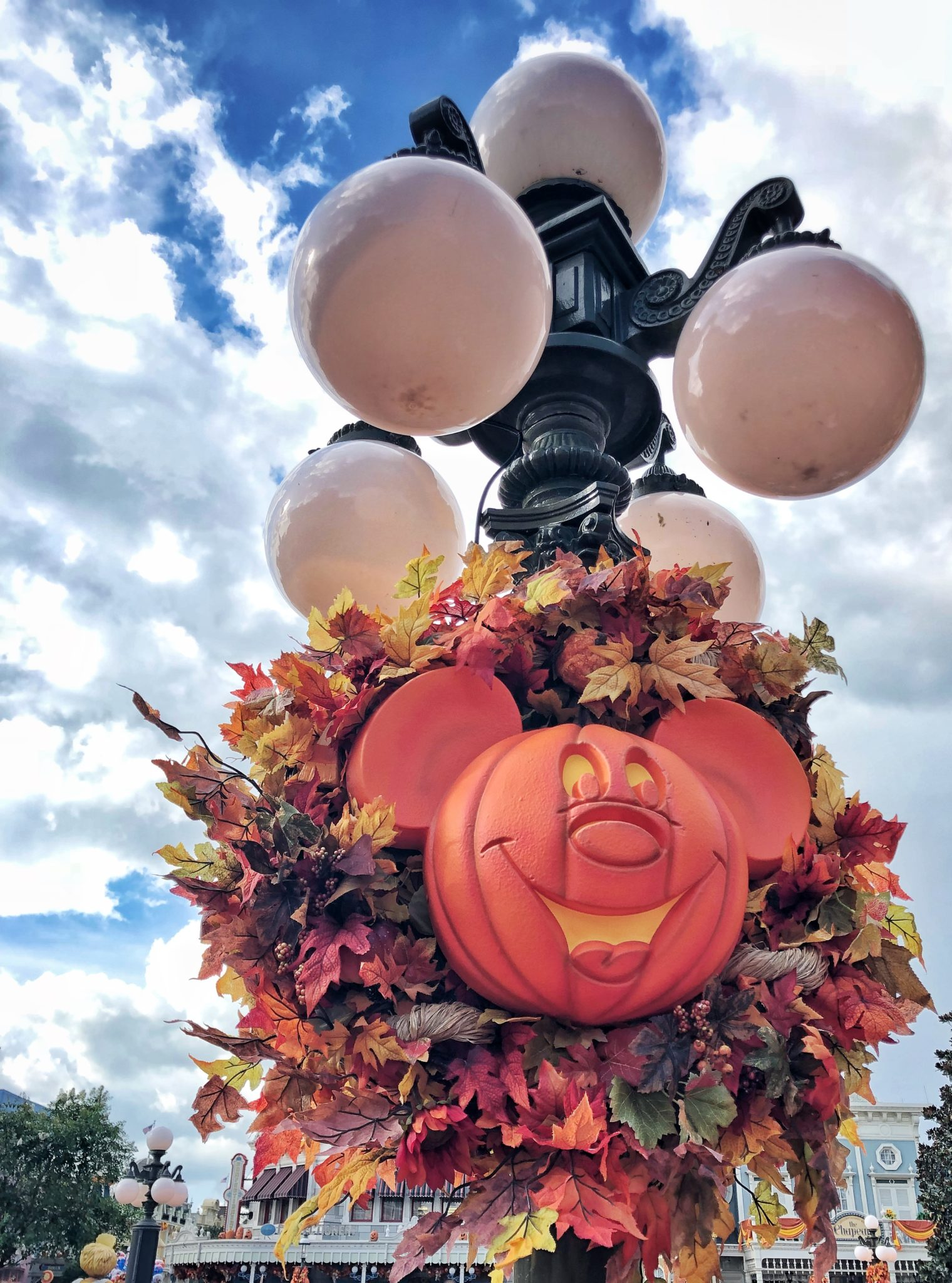 mnsshp 2018: everything you need to know for mickey's not so scary